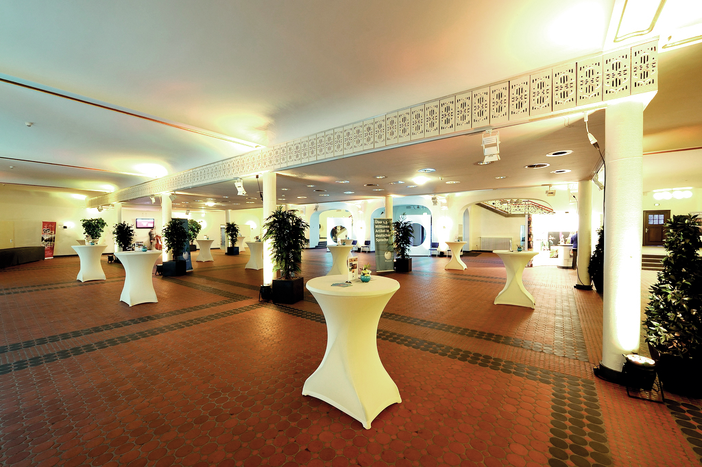 Foyer (Foto: © MGMG Jimmy Wales)
